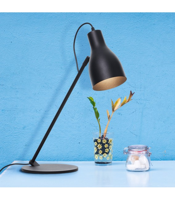 Lotta table lamp