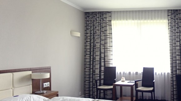 Hotel Kolumna Park, ul. Hotelowa 1 Przygoń (niedaleko Łodzi)